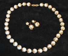 CROWN TRIFARI White Lucite Bead Gold Tone Leaf Grecian Necklace Earring Set