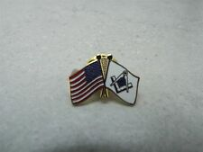 CROSSING MASONIC FLAG AND US FLAG  ENAMEL  LAPEL/HAT PIN BRAND NEW