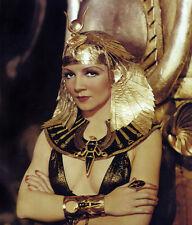 Claudette Colbert UNSIGNED photo - C2072 - Cleopatra