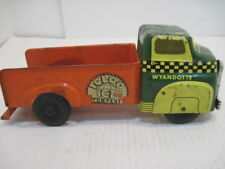 OLD VINTAGE TIN WYANDOTTE IGLOO ICE CO.DELIVERY TRUCK YELLOW GREEN RED