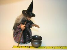 Dollhouse Miniatures Bending Witch with Cauldron Artisan 1/12