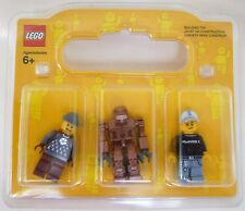 Lego set of 3 minifigures in display box - robot & 2 men