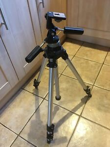 Manfrotto Professional Art 055B Tripod with 141 Tilt and Pan Head. Plus Bag & QR