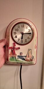 VINTAGE MASTERCRAFTERS SESSIONS DUTCH WINDMILL CHICAGO CERAMIC CLOCK - WORKING!