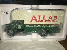 Very Rare 1957 ATLAS VAN LINES IH R200. Moving Van  - First Gear