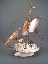 Ancien Souvenir Bord de Mer Bateau Navire Voilier Baguier Nacre Laiton , fin XIX