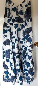Blue/White Joe Brown dress size 18