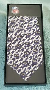 Baltimore Ravens Men's Necktie Licensed NFL Football Sports Fan purple/whiteTie