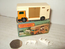 Ambulances miniatures Dinky