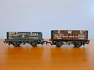 Two OO Gauge Mainline coal trucks