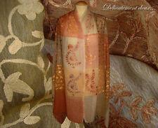 Beau Châle 100% laine motif floral brodé - CH111