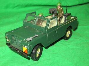 Britains 9777 Military Land Rover Series 2 LWB Pickup 1/32nd scale diecast