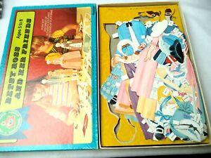 VINTAGE ESTATE 1969 PLATT & MUNK BETSY ROSS & FRIENDS PAPER DOLLS IN BOX! BIN 6