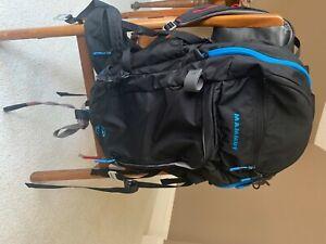 mammut pro short airbag backpack; 33 L. Black