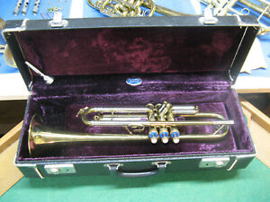 York Trumpet with 3rd Slide Lock - Super Nice! - Clean Case and York MP