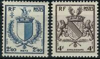 France 1945  Armoiries de villes n° 734 et 735 neufs ★★ Luxe / MNH (B)