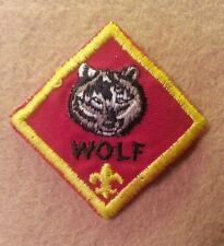 CUB SCOUT WOLF RANK PATCH - PRE-OWNED    B00106