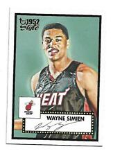 Wayne Simien - Topps 1952 Style -  2005 - Rookie Card