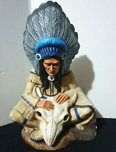 Native American figurine Indian/chief/great detailing,ornament