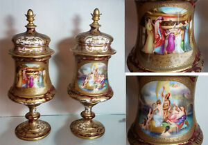VERY FINE ROYAL VIENNA ARTIST SIGNED PAIR COVERED LIDDED URNS VASES CIRCA 1830