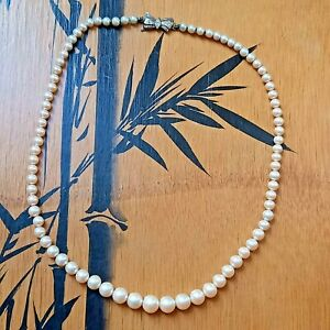 Vintage Cultured Pearl Graduated Necklace Silver Clasp Classic Smart Jewellery