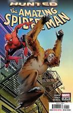 AMAZING SPIDERMAN #18.HU MARVEL 2019 STANDARD COVER STOCK IMAGE