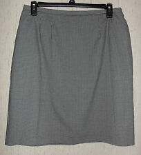 NWT WOMENS CRICKET LANE COLLECTION by KORET BLACK & WHITE LINED SKIRT  SIZE 18