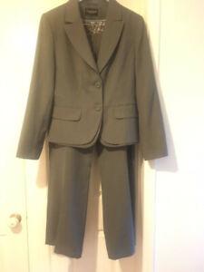 Womens Debenhams Grey Trouser Suit Size 16