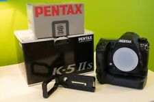 PENTAX K-5 IIs 16.3MP Digital Camera + L Bracket + Pentax Batery Grip D-BG4