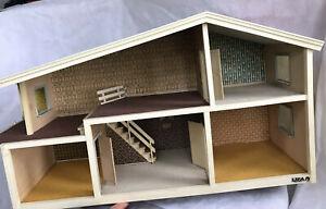 VTG 1979-81  LISA OF DENMARK DOLLHOUSE TWO STORY BALCONY HOUSE HANSE WOODEN