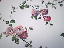Vintage Dark Mauve Pink Purple /& White Floral by International FM7232