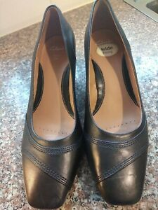Clarks Size 7.5 Black Wide Fit Shoes Bnwob
