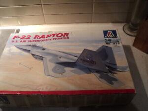 Italeri F-22 Raptor US Air Superiority Fighter model kit 1:48 scale