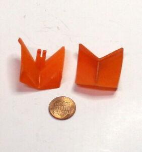 Unbranded~Highway Wing Plows~HO~1:87~Orange~Plastic~ X 2