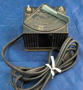 LIONEL Postwar Type 1025 Multivolt Transformer Controller 45 Watt. Vintage