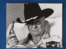 "Original Press Photo - 10""x8"" - John Gielgud - 1981 - Arthur - Cowboy"