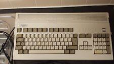 Amiga 1200 avec bloc d'alimentation souris TV plomb & 100 jeux