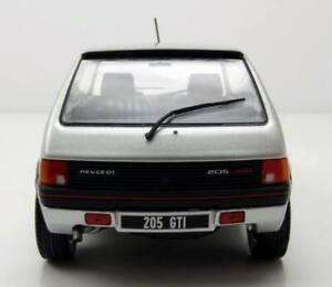 Voiture Miniature de Collection Peugeot 205 GTI 1.9L Argent 1/24