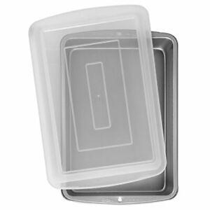 "Wilton 9x13"" Baking Pan with Cover Plastic Lid Non Stick Cake Lasagna"