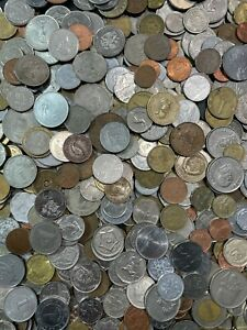 Large Bulk Mixed Lot of 100 Assorted Foreign Coins From Around the World!