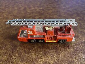 MATCHBOX FIRE TENDER TRUCK K 9 SUPER KINGS 1972 DIECAST TOY CAR