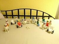 Playmobil Klicky Spielset aus 3237 3404 Sanitäter Krankenhaus Ambulanz Vintage