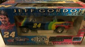 JEFF GORDON 1993 DUPONT #24 ROOKIE OF THE YEAR SUBURBAN 1/24TH DIECAST 1/25,000