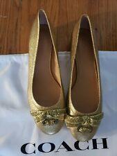 Coach Lia Bow Block Heel Pump Gold Size 8