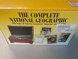 National Geographic Magazine / Society Set CD Rom 1880 -1990's Wooden Box