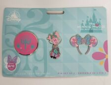 Minnie Mouse: The Main Attraction Pin Set – Disney it's a small world – Limited
