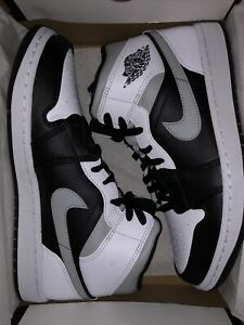 Jordan 1 Mid White Shadow 554724-073 Mens 9.5 *DEADSTOCK* (FREE SHIPPING)
