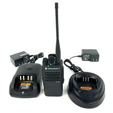 Motorola XPR 3300 Two Way Radio UHF Single Handset 16 Channel with Charger