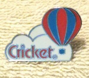 CRICKET RED & BLUE BALLOON PIN