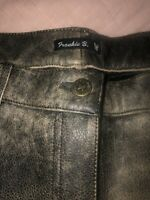 frankie b Leather  Pants  Size Med. 16.5 In Waist  31 Inseam. Black